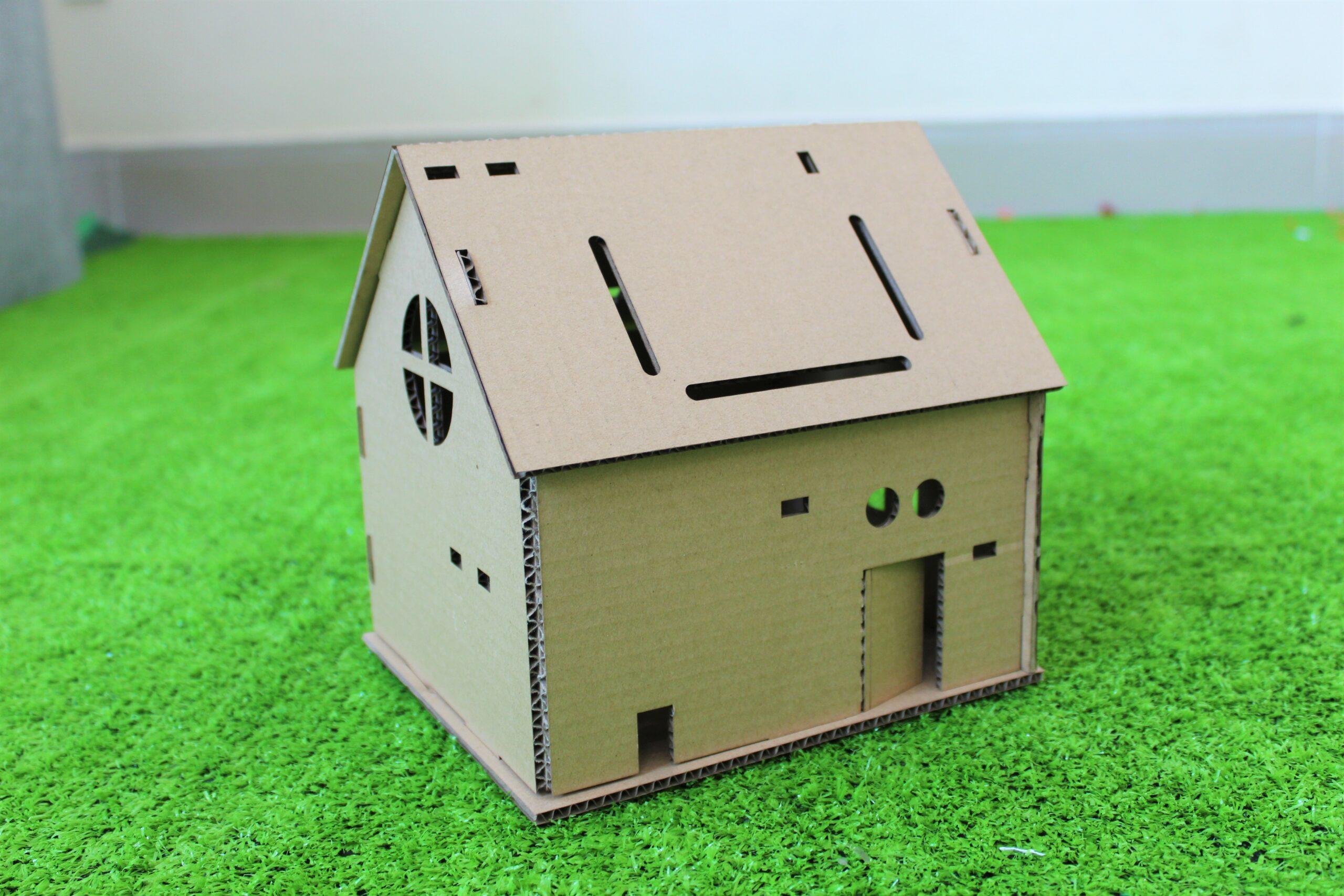 Ngôi nhà đồ chơi Home:Bit