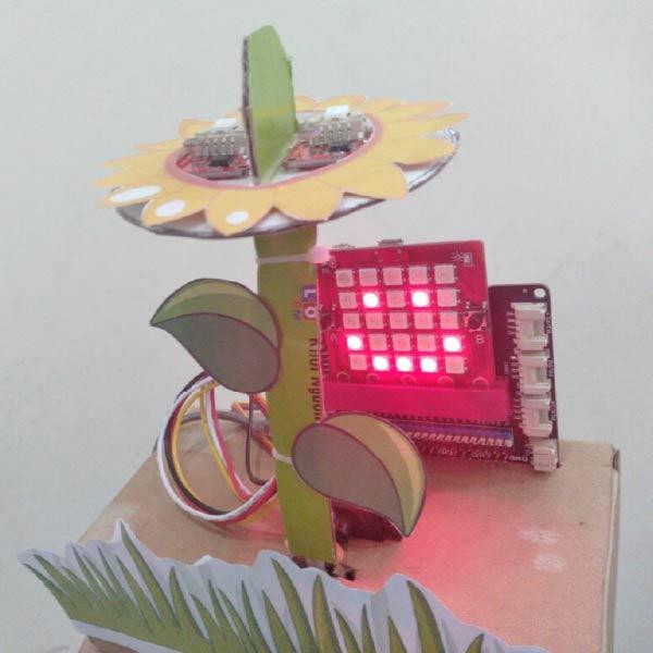 Làm hoa hướng dương từ Yolo:Bit