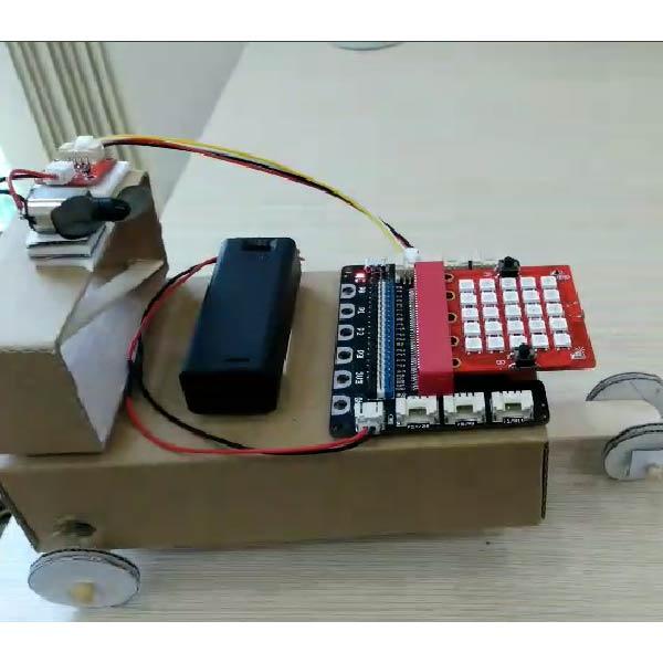 Xe điều khiển làm từ Yolo:Bit