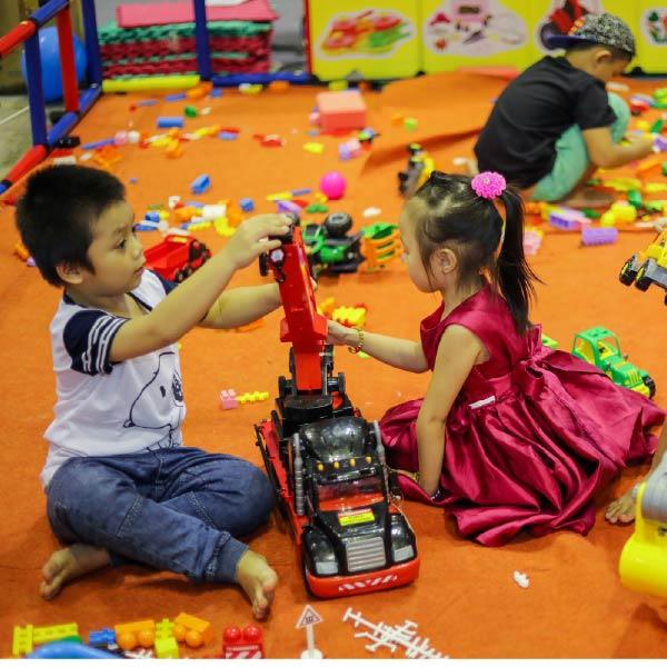 Những điều cần lưu ý khi mua đồ chơi cho bé