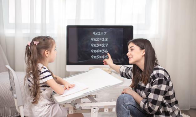 Cách dạy trẻ tính nhẩm nhanh: tách số rồi cộng trừ