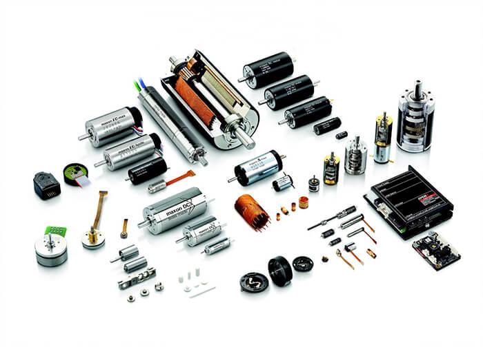 Nhiều loại linh kiện trong dự án điện tử Arduino