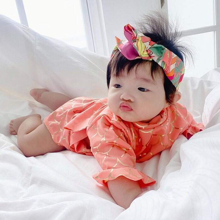 Lưu ý bố mẹ nên biết khi chọn trang phục mùa hè cho bé