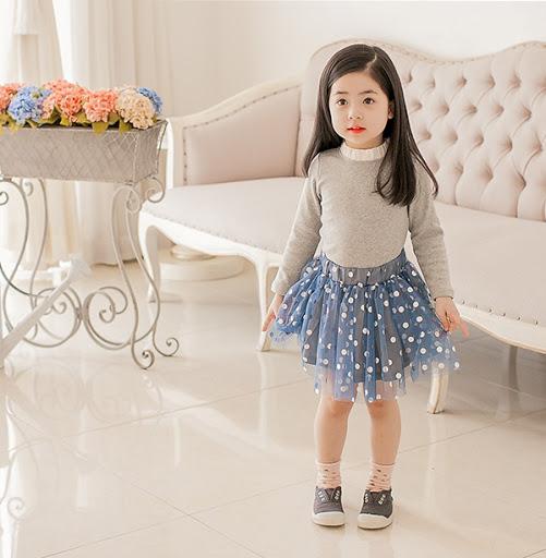 Cách chọn chất liệu vải mùa hè cho bé gái