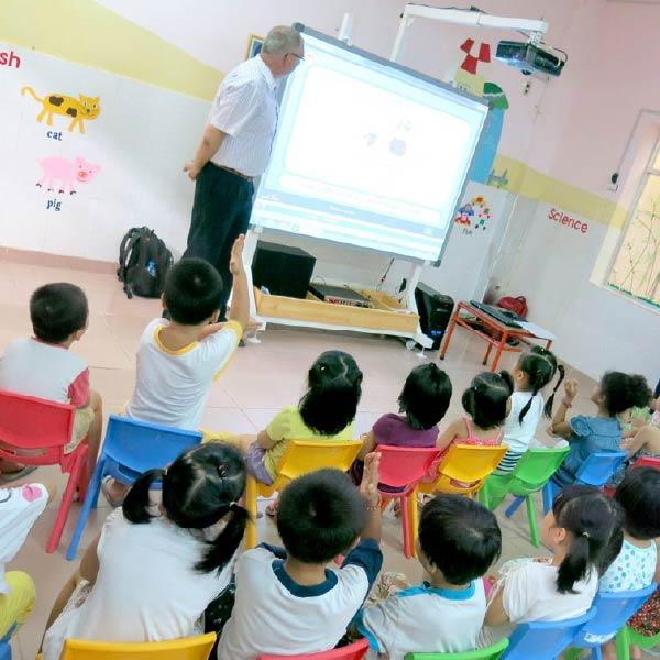 Phương pháp dạy tiếng Anh cho trẻ mầm non hiệu quả