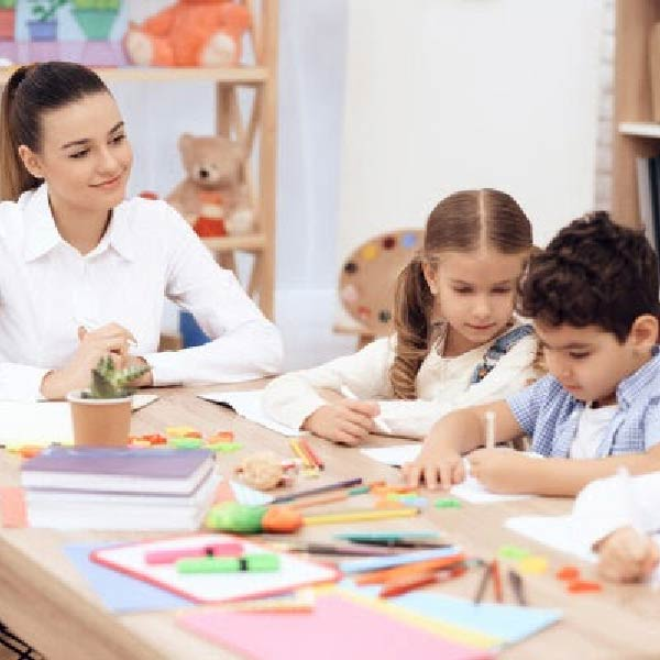 Giáo viên Montessori là gì? Yêu cầu để trở thành giáo viên Monetssori