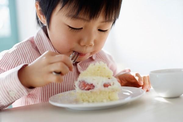 thực đơn cho trẻ biếng ăn 1 tuổi