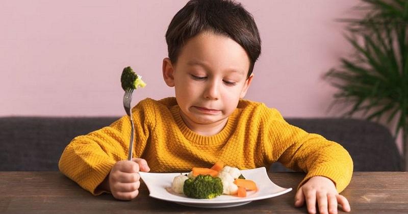 Nguyên nhân khiến bé 1 tuổi biếng ăn
