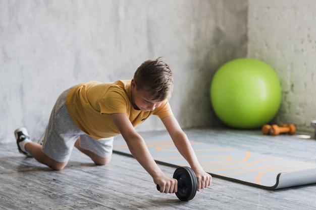 Hãy thay phiên giữa tập luyện và nghỉ ngơi trong các hoạt động giáo dục thể chất cho bé