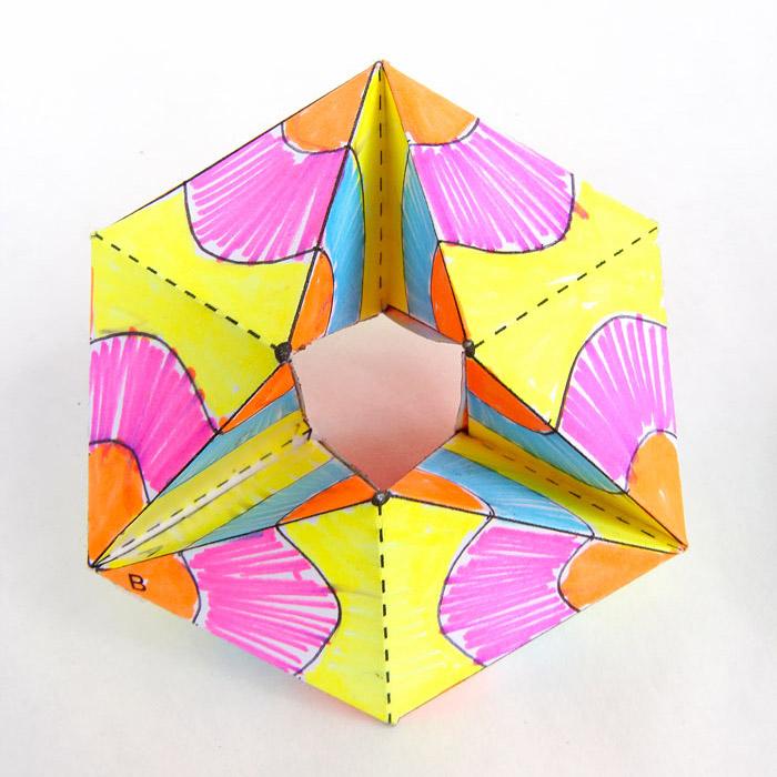 Giới thiệu về mô hình giấy Flexagons và Zentangle