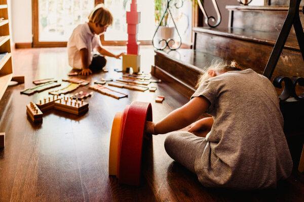 Ưu điểm của phương pháp giáo dục Montessori là gì?