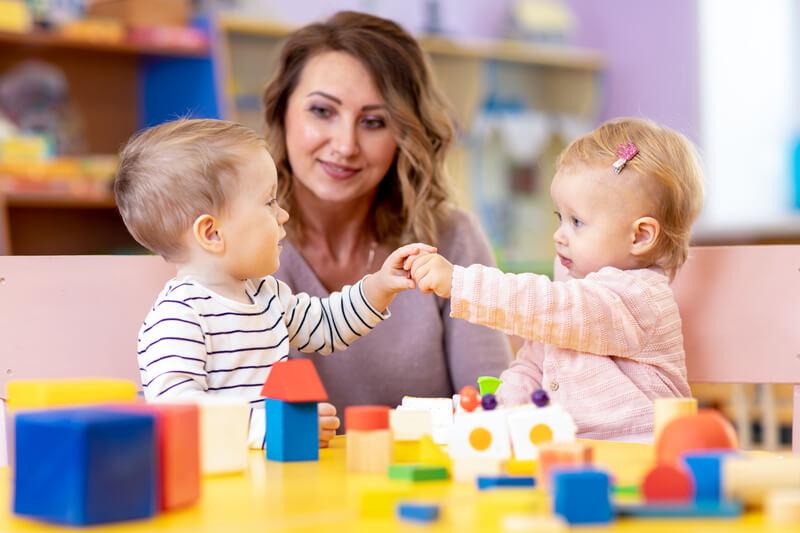 Hãy dạy trẻ cách tự lập