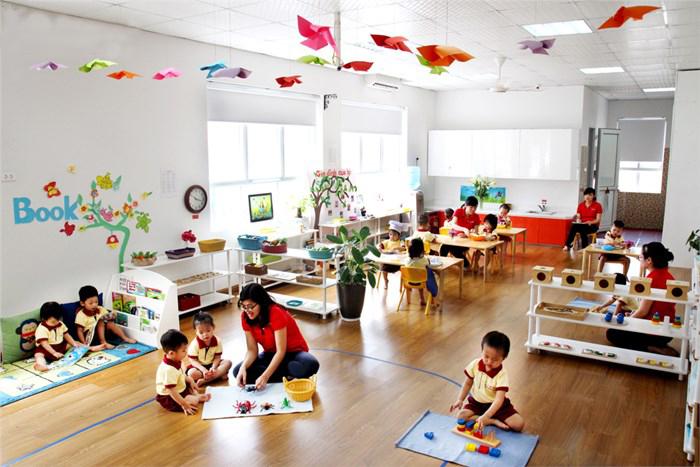 Dạy con bằng Montessori một cách thông minh