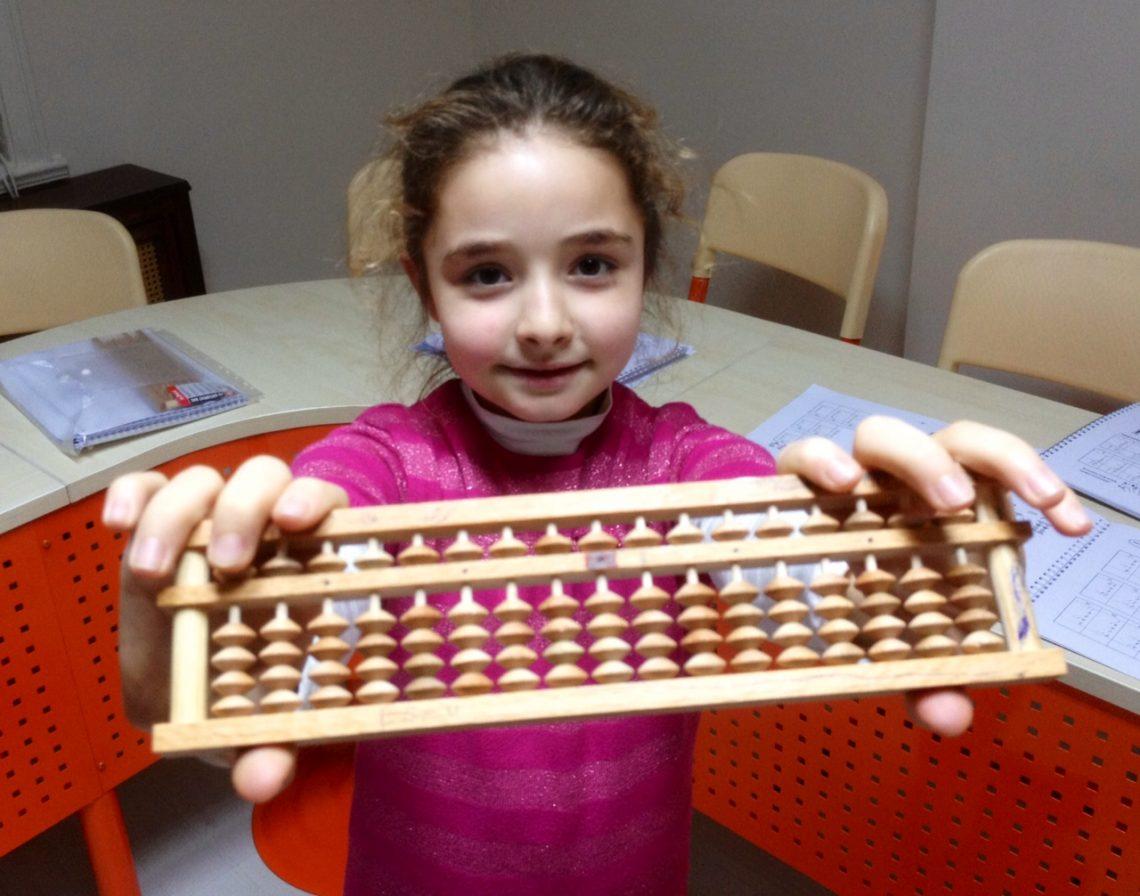 Toán Soroban - phương pháp dạy toán hiệu quả cho trẻ