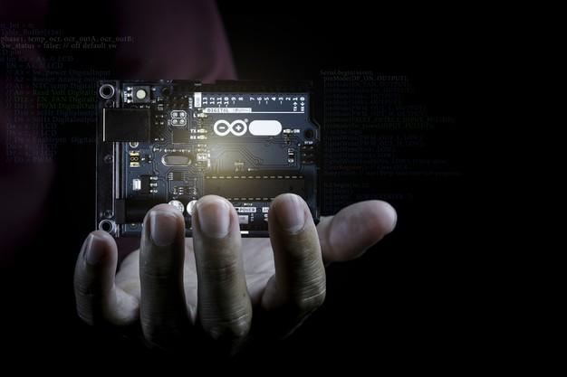 Cơ bản về giao diện của Arduino IDE và chương trình Arduino