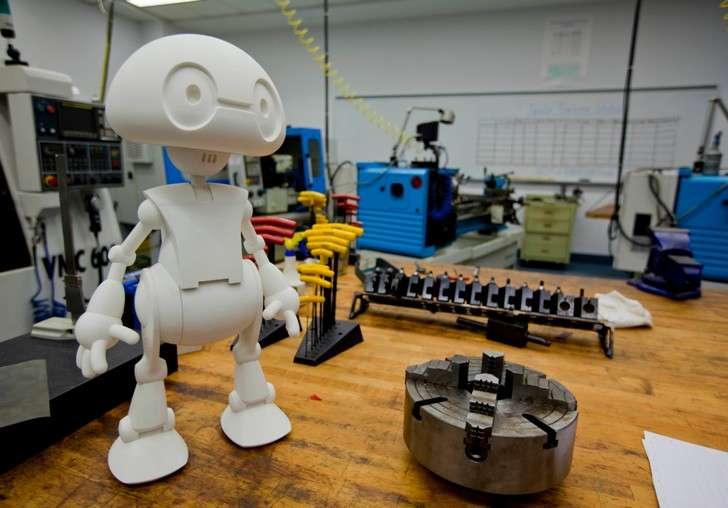 Chia sẻ kinh nghiệm học lập trình robot với người khác