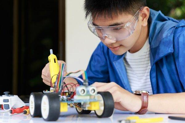 Bạn đã biết STEM robotics là gì chưa