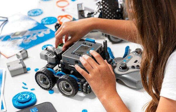 Lợi ích của STEM robotics