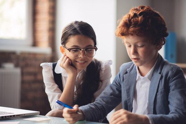Sự khác biệt giữa STEM và giáo dục truyền thống