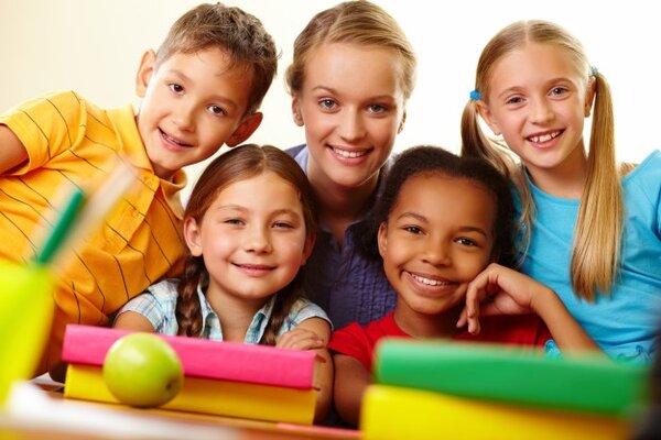 Giáo viên là những người bạn của học sinh