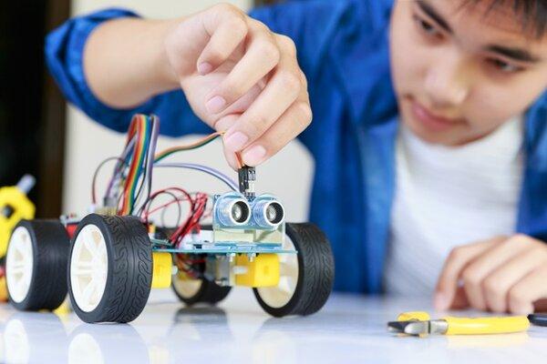 Giáo cụ STEM không thể thiếu trong mùa hè của trẻ