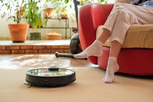 Ứng dụng của robot là gì - dọn dẹp nhà cửa