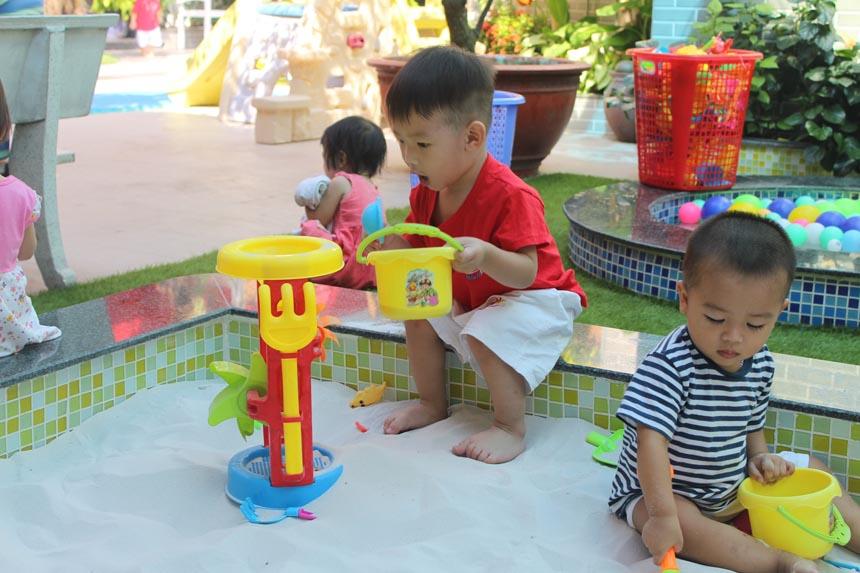 Đọc - Bài tập phát triển tư duy cho trẻ mầm non hiệu quả