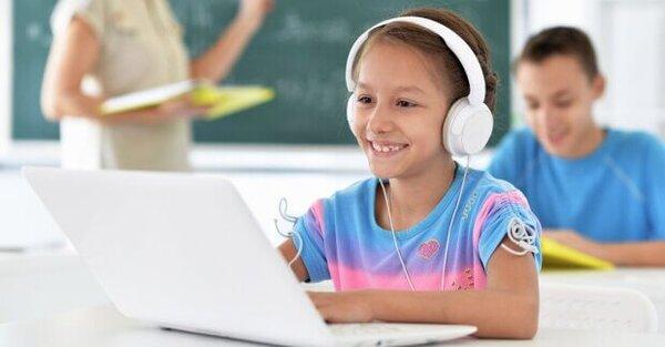 Trẻ nên học ngôn ngữ lập trình nào để phát triển tư duy sớm