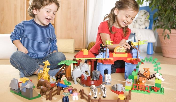 Cách chọn đồ chơi cho trẻ 5 tuổi hiệu quả