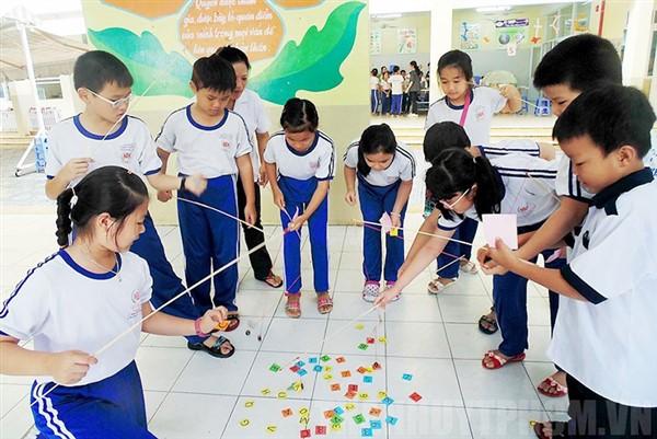 Hoạt động giáo dục STEM ở tiểu học