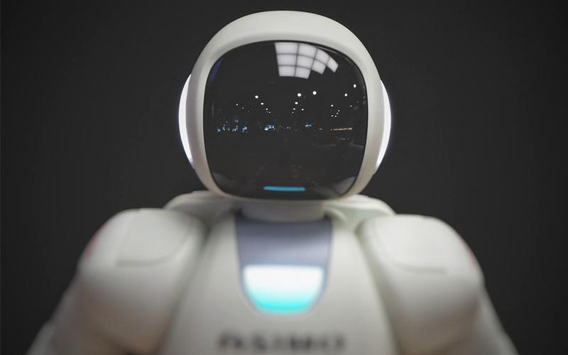 Tại sao nên chọn robot mini làm đồ chơi cho trẻ