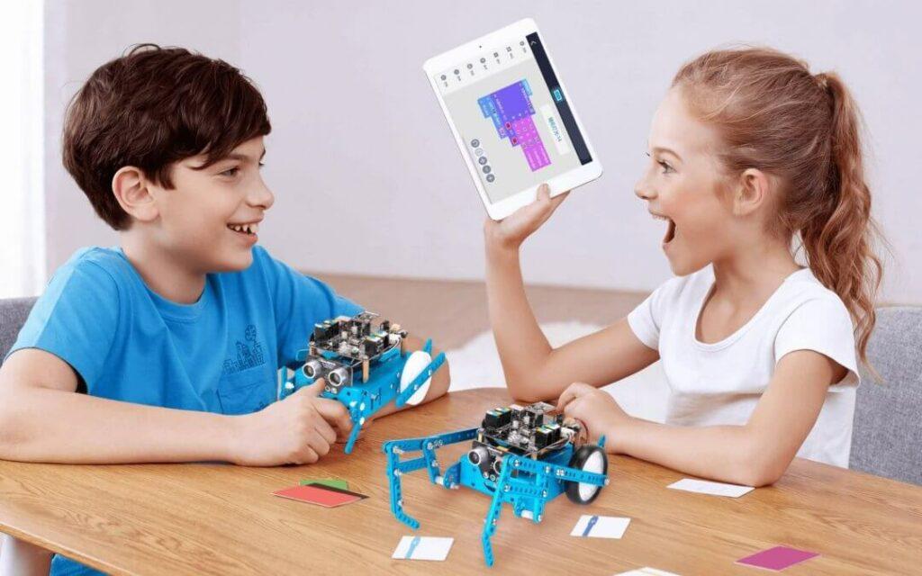 Một số lợi ích của trò chơi lắp ghép robot