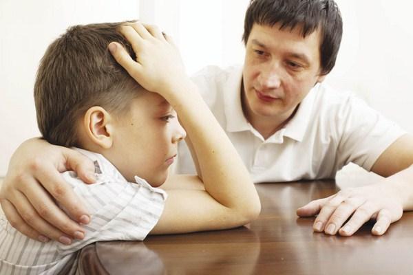 Phương pháp dạy con không đòn roi giúp có thể giúp các bé sửa đổi tật xấu