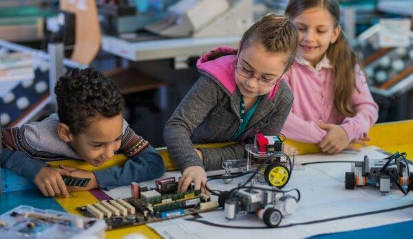 Tại sao STEM Education lại trở nên phổ biến