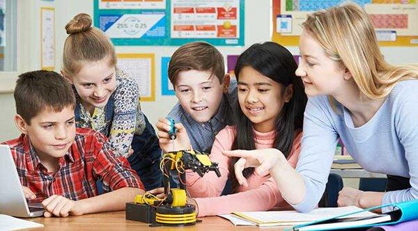 Phương pháp dạy học dự án yêu cầu rất có về khả năng làm việc nhóm