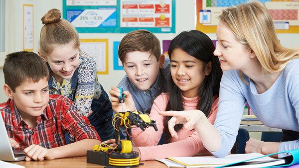 Phương pháp làm việc nhóm trong giáo dục STEM