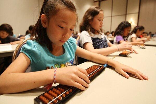Toán tư duy Soroban giúp tăng trí thông minh ở trẻ