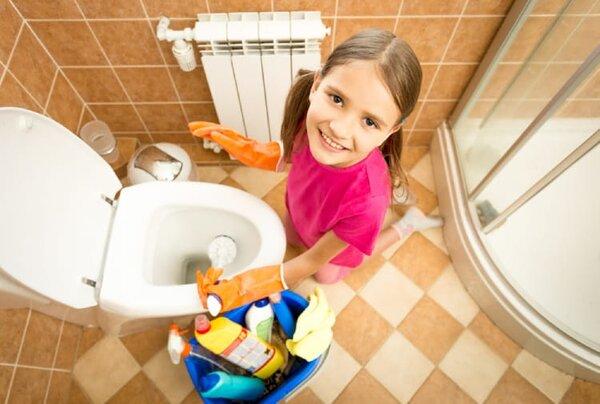 Dọn dẹp nhà cửa là kỹ năng sống mà trẻ nên biết