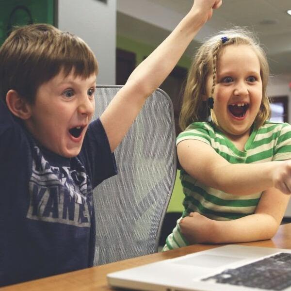 Thời đại 4.0 là gì? Xu hướng giáo dục 4.0 mới