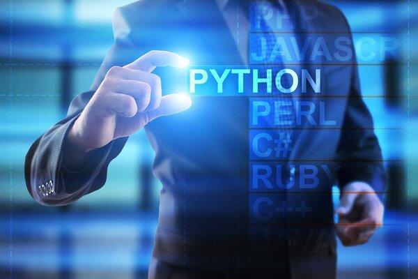 6 trang web học code Python online bạn nên biết