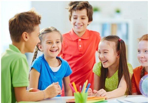 Dạy trẻ kỹ năng giao tiếp là điều quan trọng hàng đầu