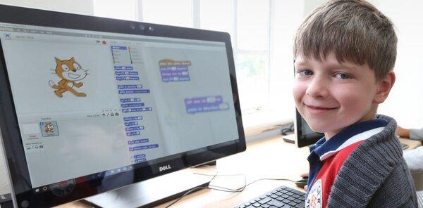Các bé học lập trình với phần mềm Scratch
