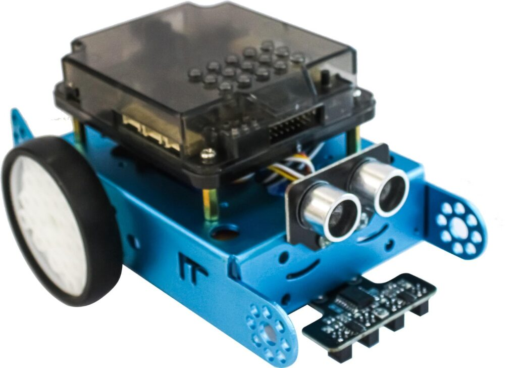 Sản phẩm robot lập trình xBot của OhStem
