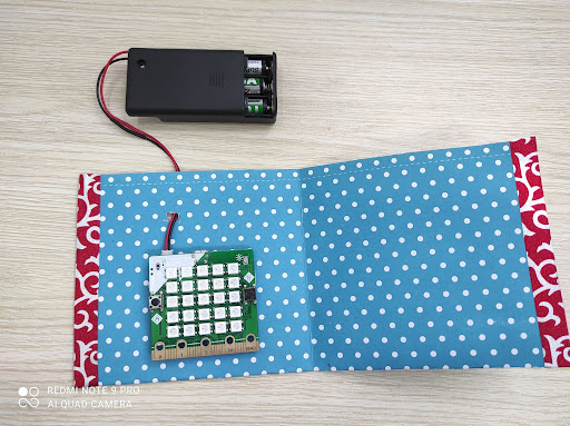 Ví thông minh - Dự án Yolo:Bit giúp bé làm quen lập trình