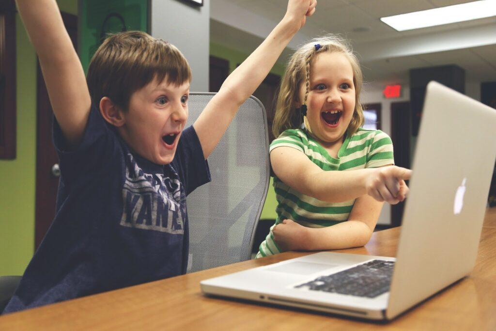 Trẻ em cũng có thể học lập trình web với Python