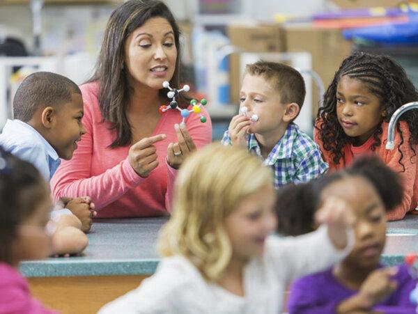 Đề cao yếu tố thực hành trong giáo án STEM tiểu học
